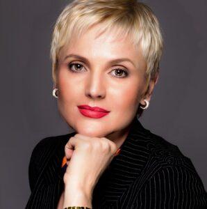 Илана Хавина Денова